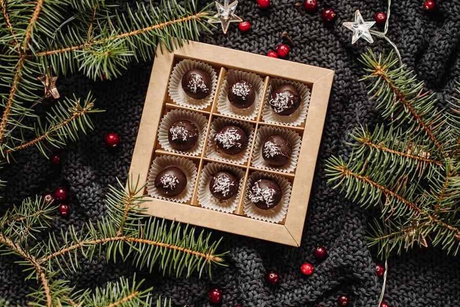 Dark Chocolate Covered Gingerbread Balls VEGAN